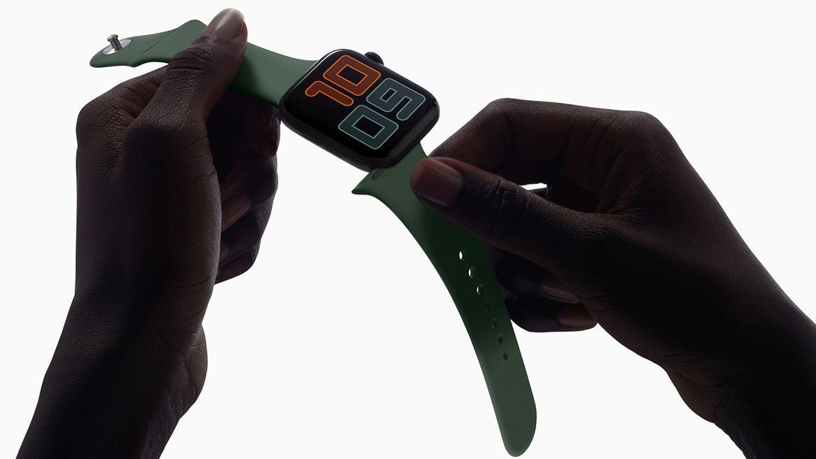 Apple watch being held dark