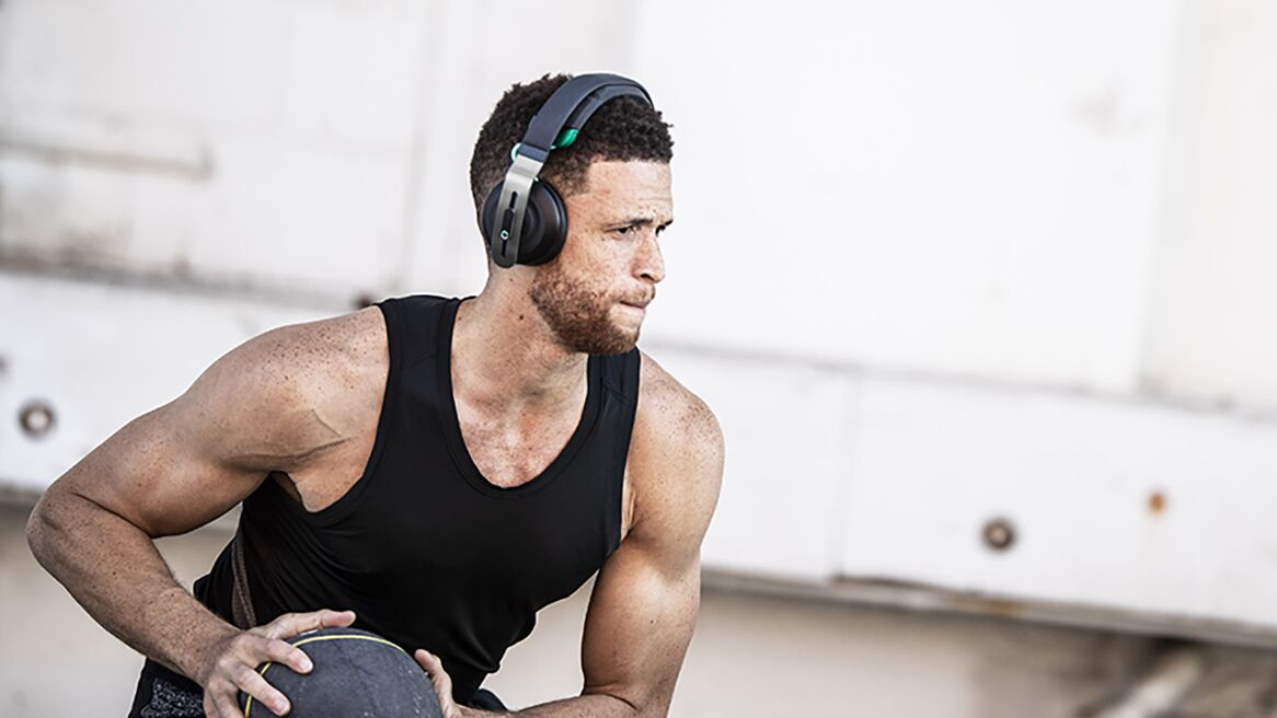 Man training with Halo 2