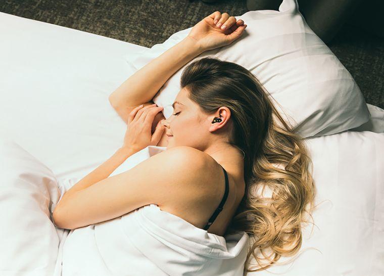 Quiet On sleep buds & case